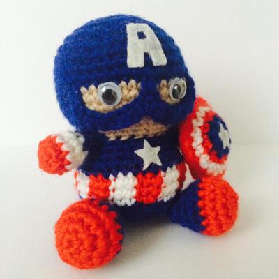 Captain America SuperHero Amigurumi