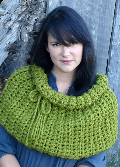 Gather me up Cowl crochet pattern
