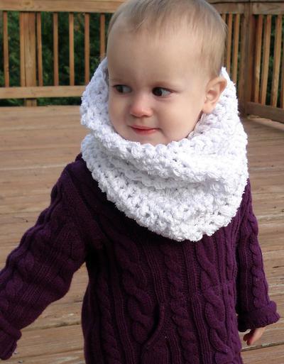 Snow Baby Cowl
