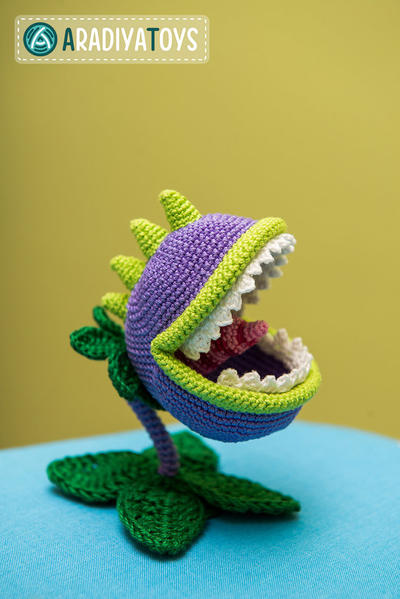 "Crochet patrones de Chomper de ""Plants vs Zombies"""