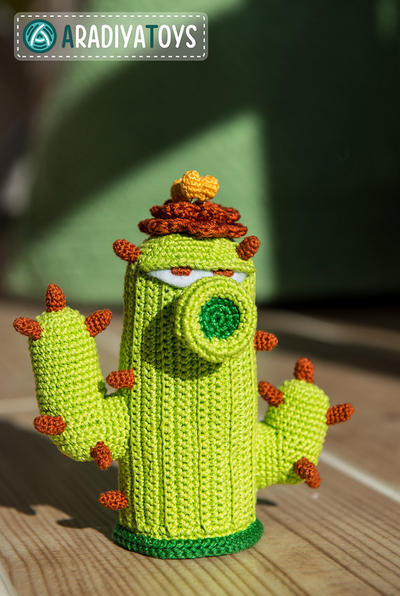 "Crochet Pattern of Cactus from ""Plants vs Zombies"""