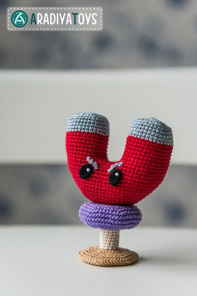 "Crochet Pattern of Magnet-shroom from ""Plants vs Zombies"""