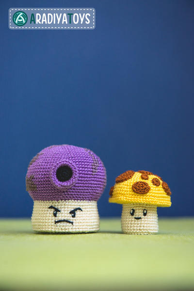 "Crochet Pattern of Sun and Fume Shrooms from ""Plants vs Zombies"""