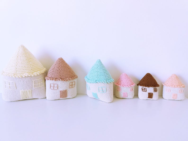 Amigurumi Happy Houses crochet pattern
