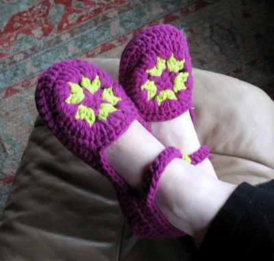 Womens Crochet Slipper Pattern No. 6