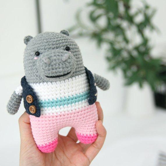 Crochet pattern-hippo