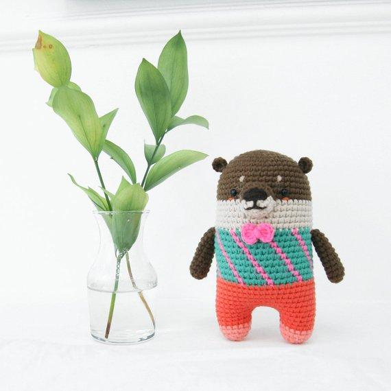 Crochet pattern-otter