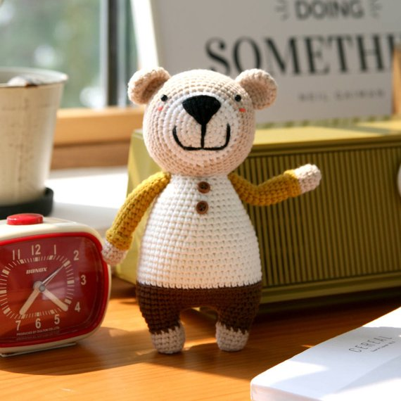 Crochet pattern-The little bear Tommy