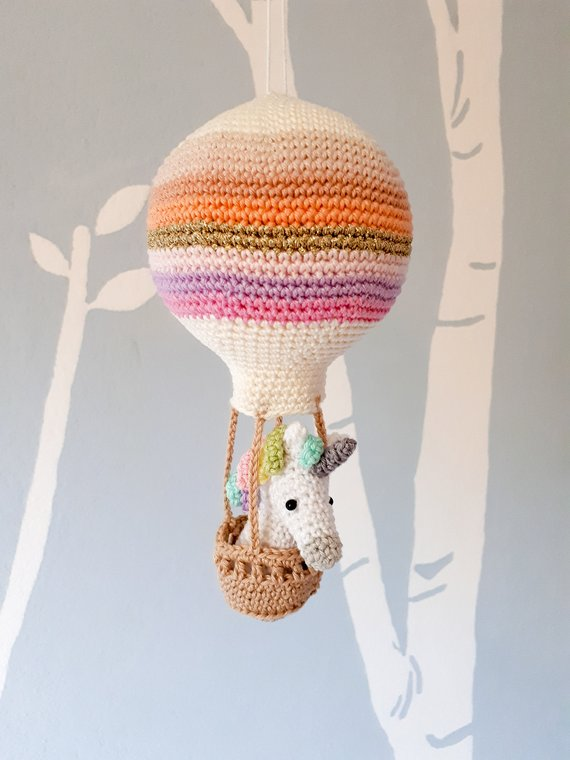Crochet pattern amigurumi unicorn in a hot air balloon
