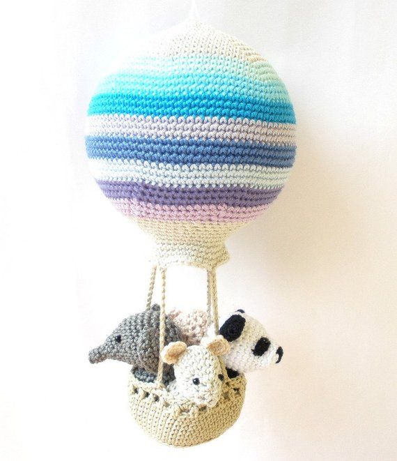 Hot air balloon with animals crochet pattern