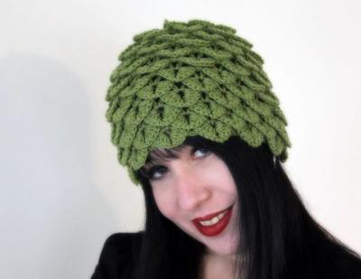 Crocodile Stitch Cloche