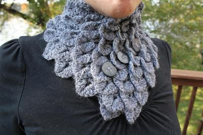 Crocodile Stitch Neckwarmer