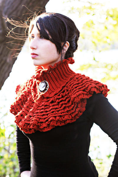 Ruffled Victorian Cowl