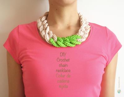 Crochet chain necklace/ Collar de cadena tejida