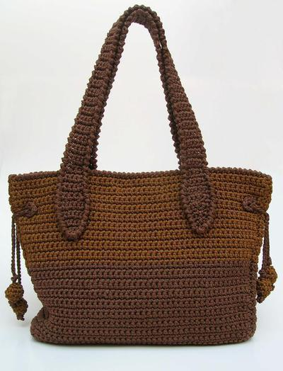 Crochet pattern for a two sizes bag