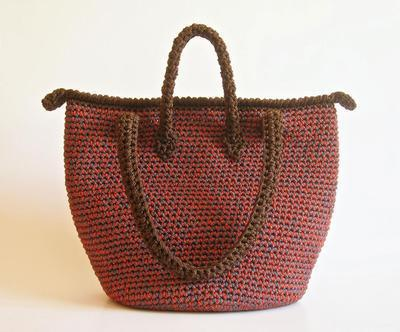 Crochet pattern for double handle bag