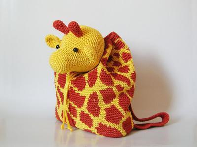 Crochet pattern for giraffe backpack