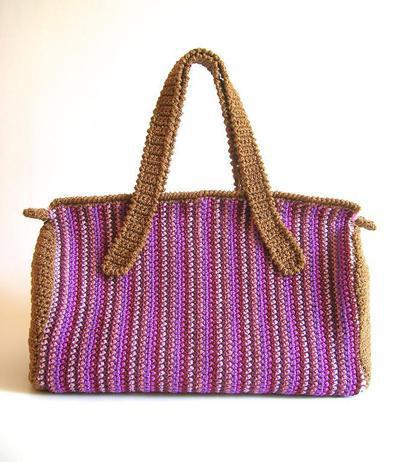 Crochet pattern for striped bag