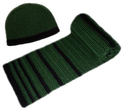 Men's Striped Hat and Scarf Set