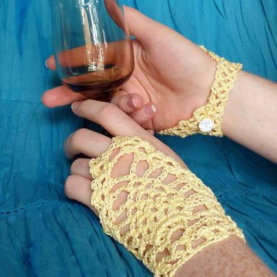 Summer Lace Fingerless Gloves