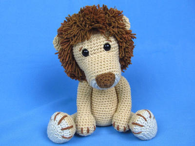 My Friend Lion Leo - Amigurumi Crochet Pattern / PDF e-Book / Stuffed Animal Tutorial