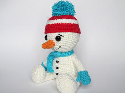 Amigurumi Snowman : Olaf snowman frozen amigurumi doll crochet pattern by sahrit