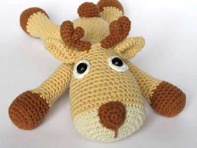 Tomy the Reindeer- Amigurumi Crochet Pattern / PDF e-Book / Stuffed Animal Tutorial