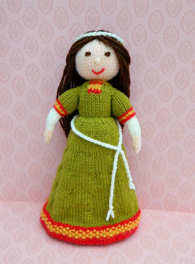 Doll Knitting Pattern / Elvina - An English Romanesque Medieval Doll