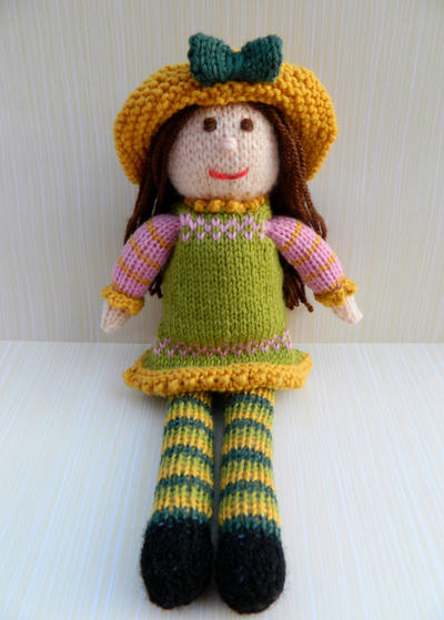 Doll Knitting Pattern / Tulip - A Spring Doll