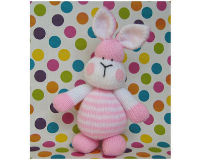 Marshmallow Bunny toy knitting pattern