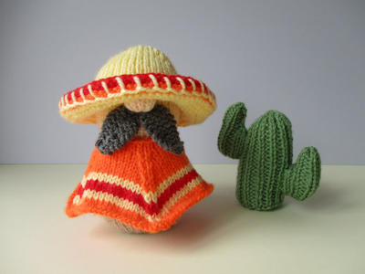 Senor Hector toy knitting patterns