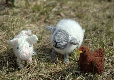 Fuzzy Farm Knitting Pattern
