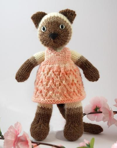 Siamese Kitty Knitting Pattern