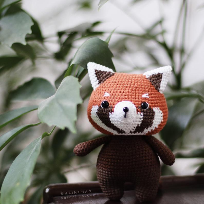 Little Red Panda – Crochet PDF pattern