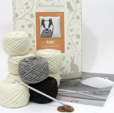 Badger Crochet Cushion Kit
