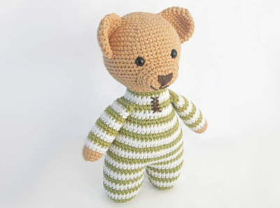 How to Crochet Easy Amigurumi Bear