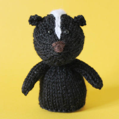 Skunk Toy Knitting Pattern