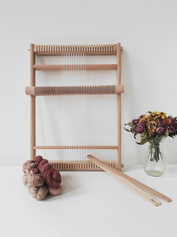 Large rolling heddle loom
