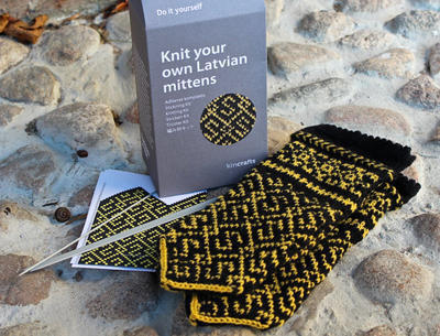 Latvian Mitten Knitting DIY Kit Grass Snake