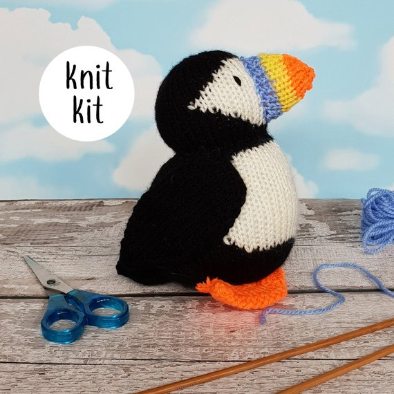 Puffin knit kit