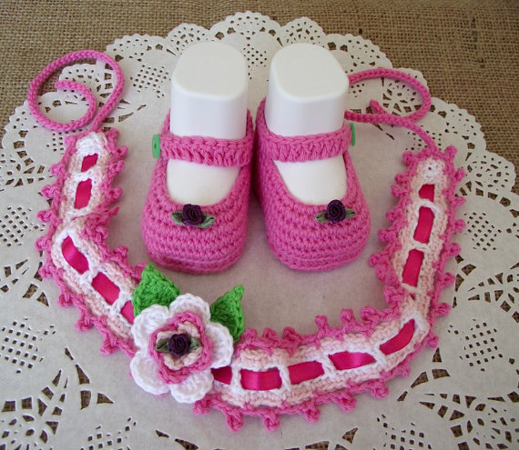 Baby Crochet Shoes and Headband Pattern - Ruby Baby Set