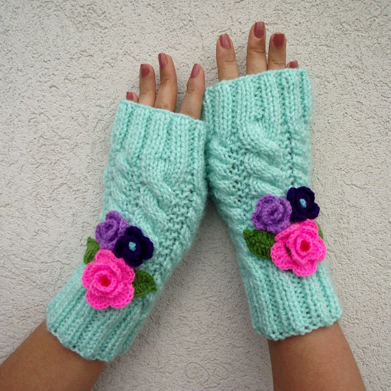 Camila Mittens - Fingerless Gloves with Crochet Flowers Winter mittens