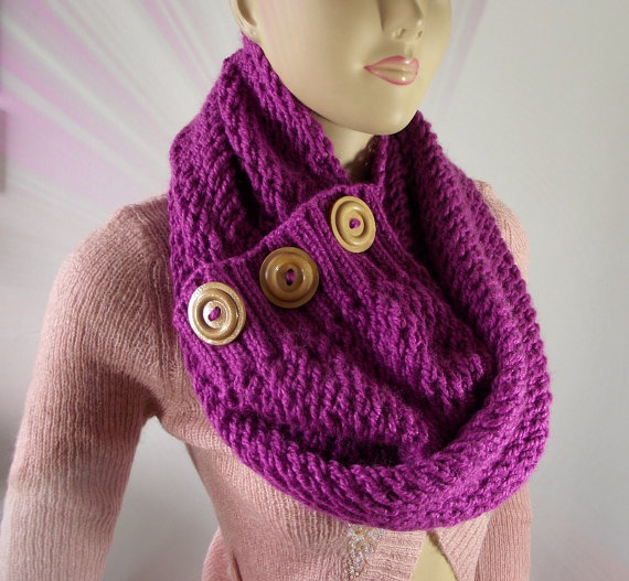 LouLou Kiss Scarf Cowl Pattern - Big Scarf wooden Buttons pdf pattern Instant Download