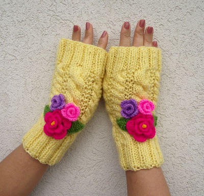 Romantic Love Fingerless Gloves