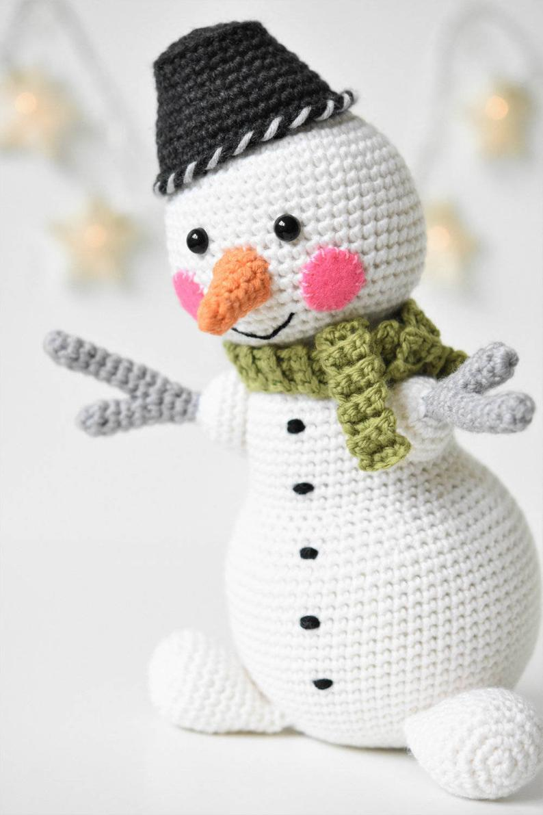 Martin the Light-hearted snowman