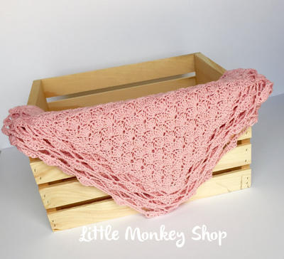 Crochet Baby Blanket - Shells Heirloom Design