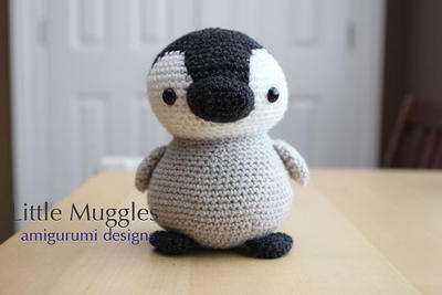 Amigurumi Crochet Pattern - Pippin the Penguin