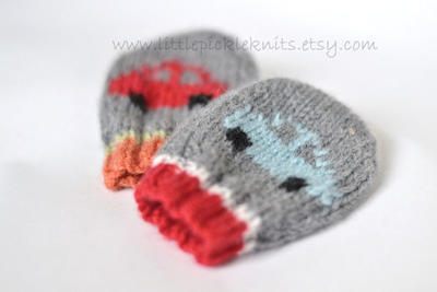 Baby Mittens - little cars newborn to 1 year