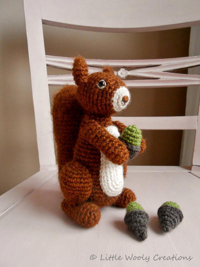 Crochet pattern Benjamin the squirrel