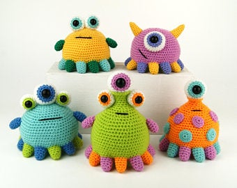 Monsters and alien crochet patterns